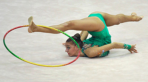 УПРАЖНЕНИЯ С ПРЕДМЕТАМИ в художественной гимнастике