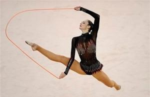 Вращение скакалки в художественной гимнастике