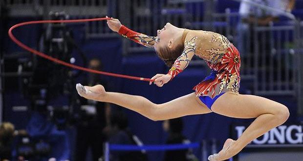 Упражнения со скакалкой в художественной гимнастике